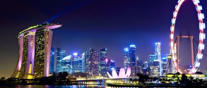 the-singapore-flyer-ride-the-wheel-and-see-the-city-at-your-feet